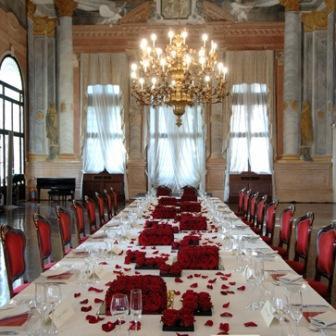 Rezzonico - allestimento tavolo imperiale